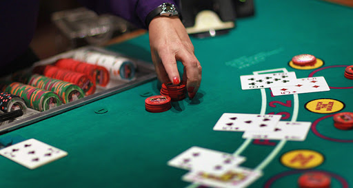 A Brief Training Course In Online poker
